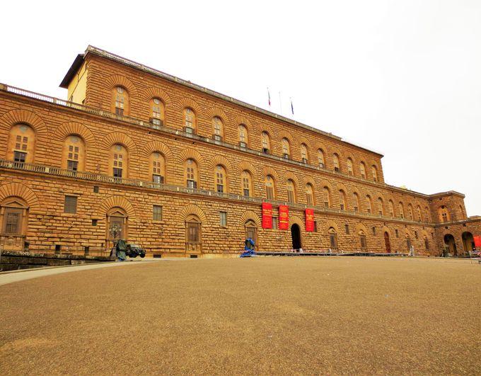メディチ家の贅を尽くした宮殿を堪能、「ピッティ宮殿」