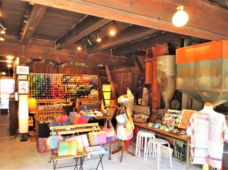 川越城外にある町家が工房兼ショップに変身「織り工房『英』」