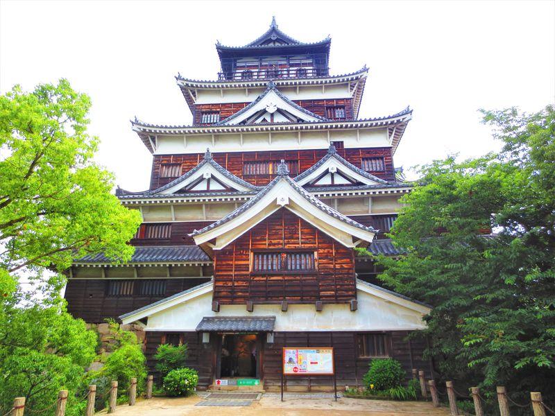 1日目午後前半:「勝ちたい人」にお勧め?広島城と広島護国神社