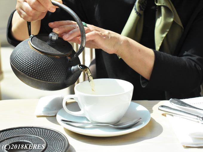 紅茶セレクションも大満足の「アフタヌーンティー」