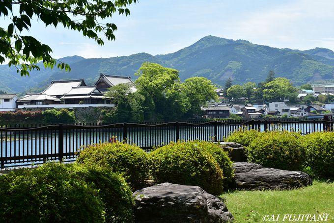 臼杵市歴史博物館所蔵「INRI」碑