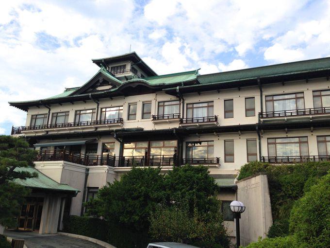 文豪たちがホテルや旅館で執筆する理由とは?