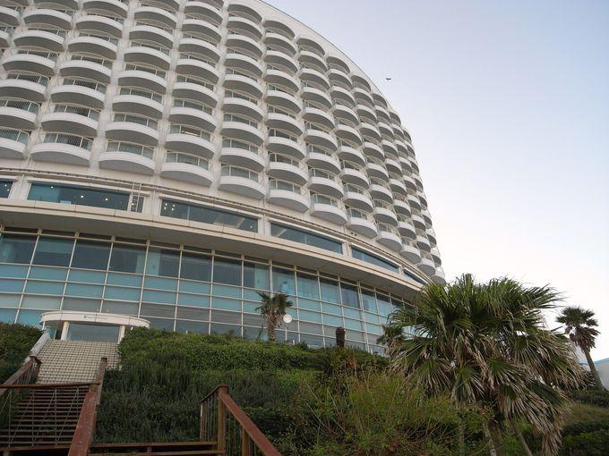 ホテルの目の前はプライベート感満載のビーチ