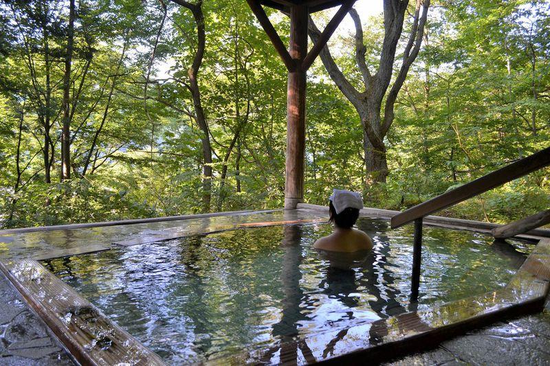 うなぎ湯が自慢の鳴子温泉「ゆさや」無料の貸切露天が最高すぎる!