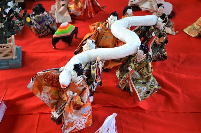 ギネス世界一になった大蛇みこしとひな人形がコラボ?
