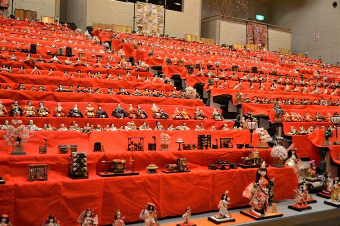 約4500体のひな人形が一堂に!圧巻のスケール!