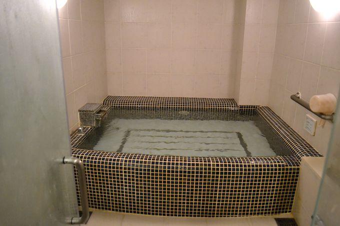 5つの貸切風呂は源泉かけ流し