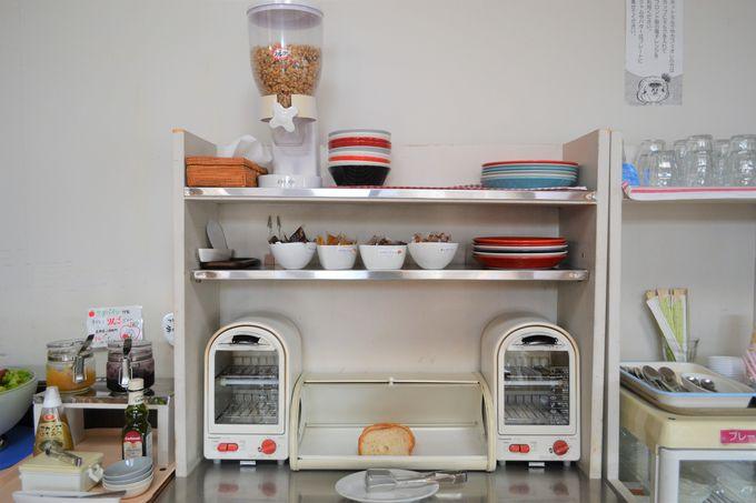 パンもヨーグルトも自家製。+300円の朝食ブッフェは食べなきゃ損