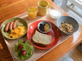 焼きたてパンの朝食を300円で!石巻「FUTABA INN」のもてなし力が凄い