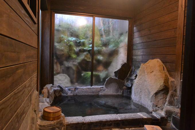 何度も無料で入れる4つの貸切風呂は露天付きもアリ!