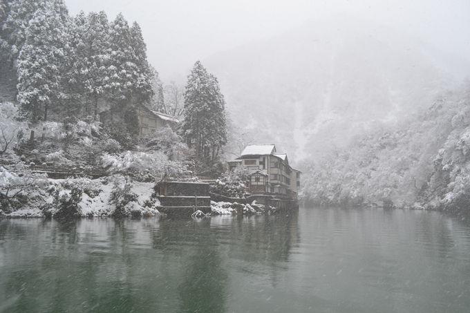 庄川峡遊覧船で行く道中も感動の連続
