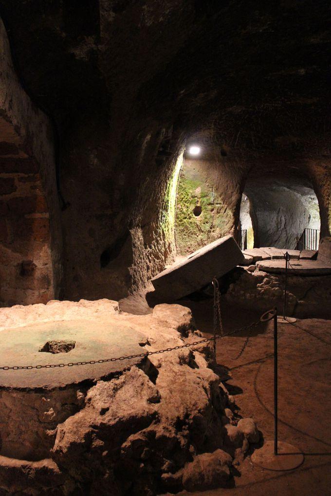 オルヴィエートの隠れた魅力「地下洞窟」