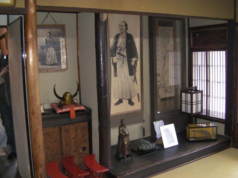 幕末ファン必訪!坂本龍馬が宿泊した京都伏見「寺田屋」