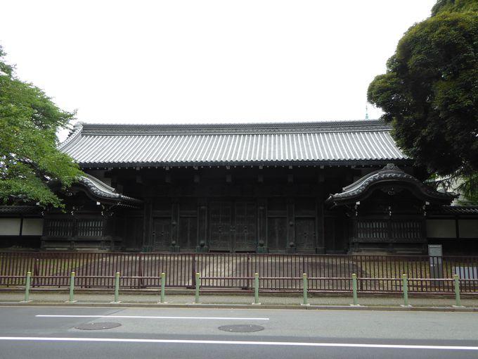 上野公園内にある大名家の門