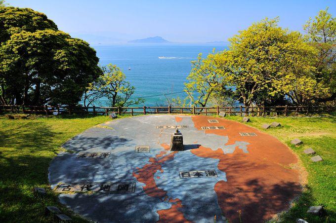 博多湾が広がる金印公園