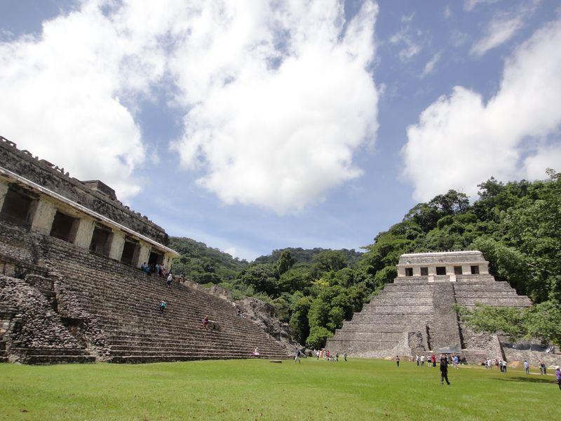 圧巻のメキシコ・マヤ遺跡!熱帯雨林に佇む「パレンケ遺跡」を探検しよう!