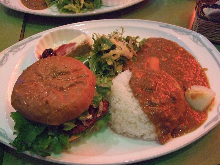 「ハングリーズ(旧ハングリーボーイ)」で横須賀グルメプレートを食べよう