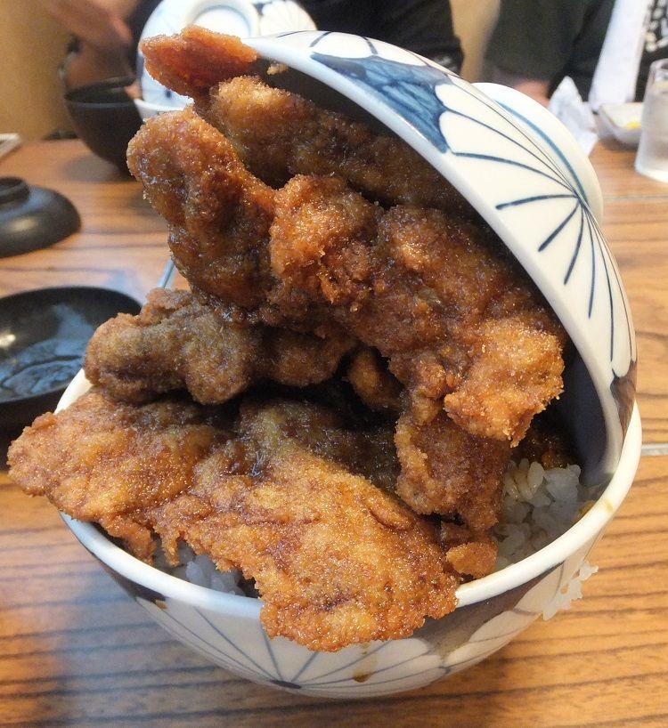 「レストランふくしん」の超豪快なソースカツ丼登場!