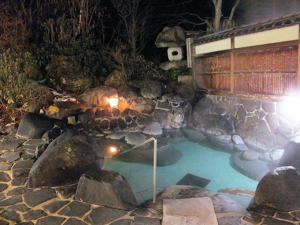 昭和のリゾート感がたまらない「草津温泉ホテルリゾート」