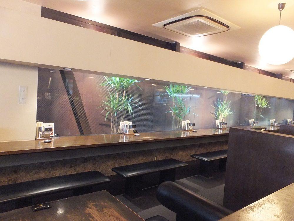 丸亀駅から徒歩1分!骨付鳥専門店「一鶴 丸亀本店」