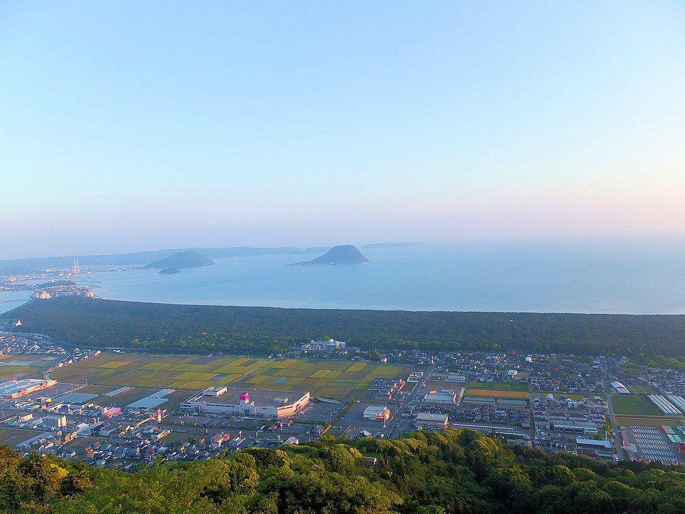 鏡山展望台に登って「虹の松原」を一望!