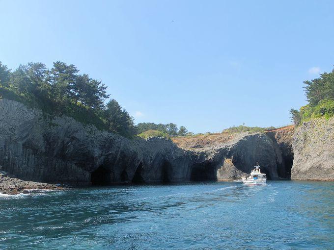 玄海国定公園随一の奇岩・七ツ釜