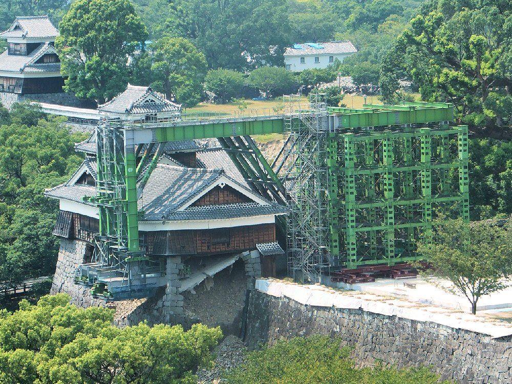緊急対策が無事に完了!倒壊寸前の「飯田丸五階櫓」