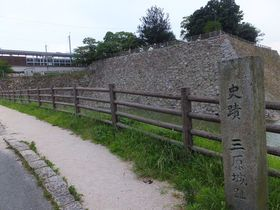 お城と駅が合体!?広島県三原駅から徒歩数秒で楽しむ史跡&グルメ