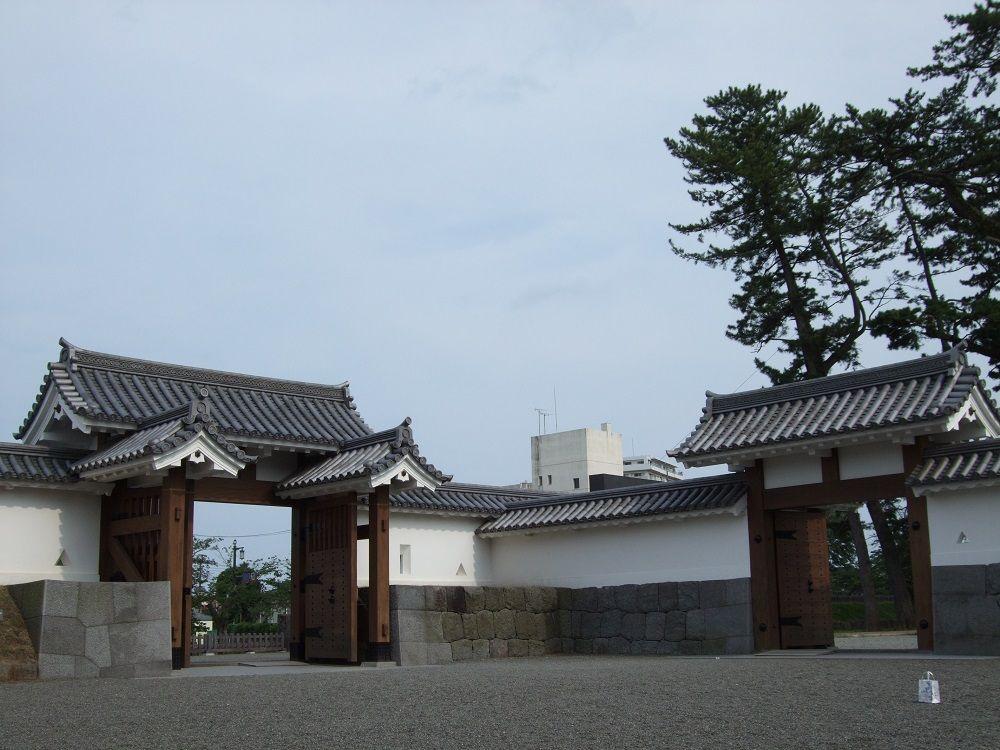 小田原城の大手筋は無敵!復元された美しい櫓門たち