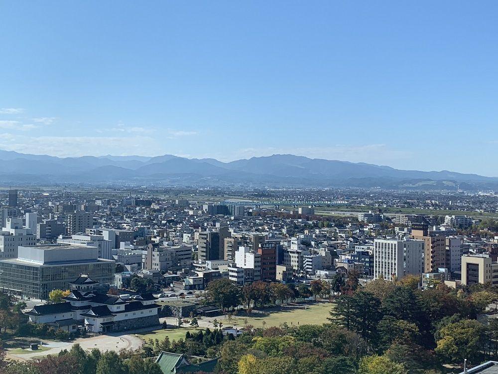 5.富山市役所展望塔