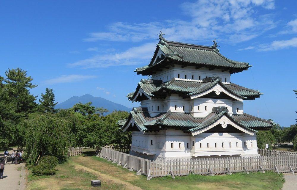 百年に一度の弘前城の風景を堪能!