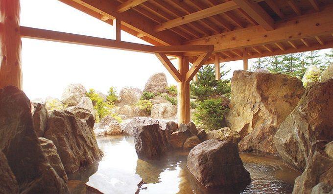 女性に優しい泉質の天然温泉「ワッカの湯」