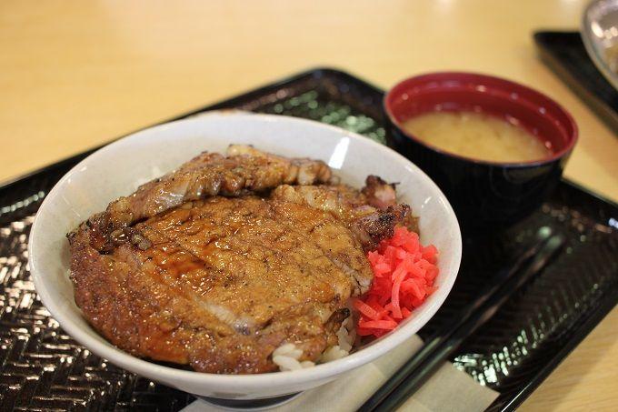 旭川の豚丼!?「チャップ丼」