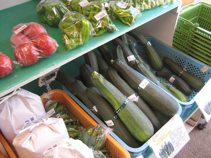 新鮮野菜が集結!「農産物直売所」