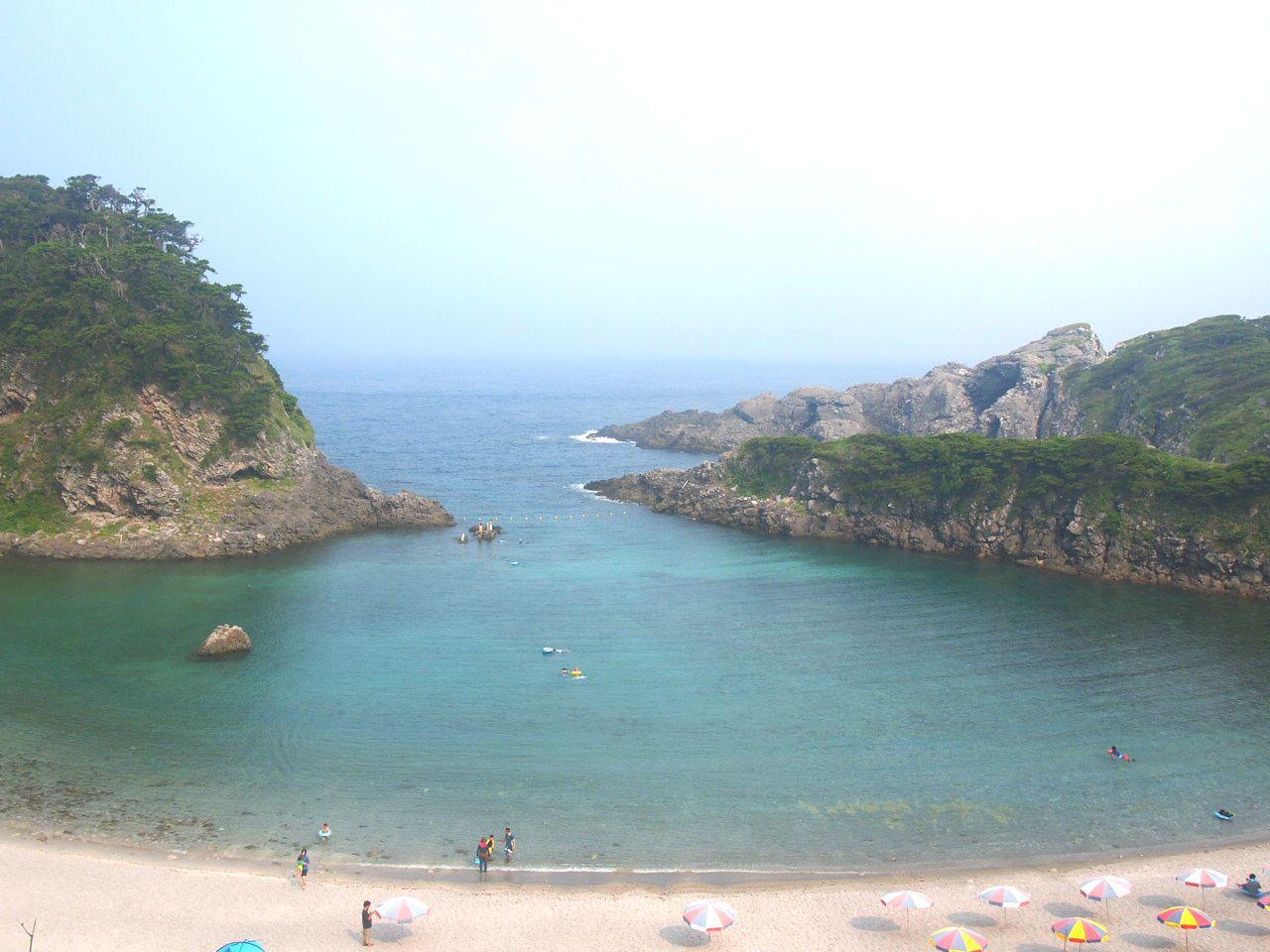 ゆったり派におすすめ!!プライベートビーチ感のある泊港海水浴場