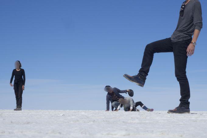乾季のウユニ最大の特徴、真っ白な塩の大地