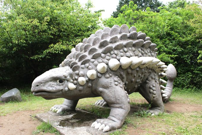一段差のある広場にもまだ恐竜が!!