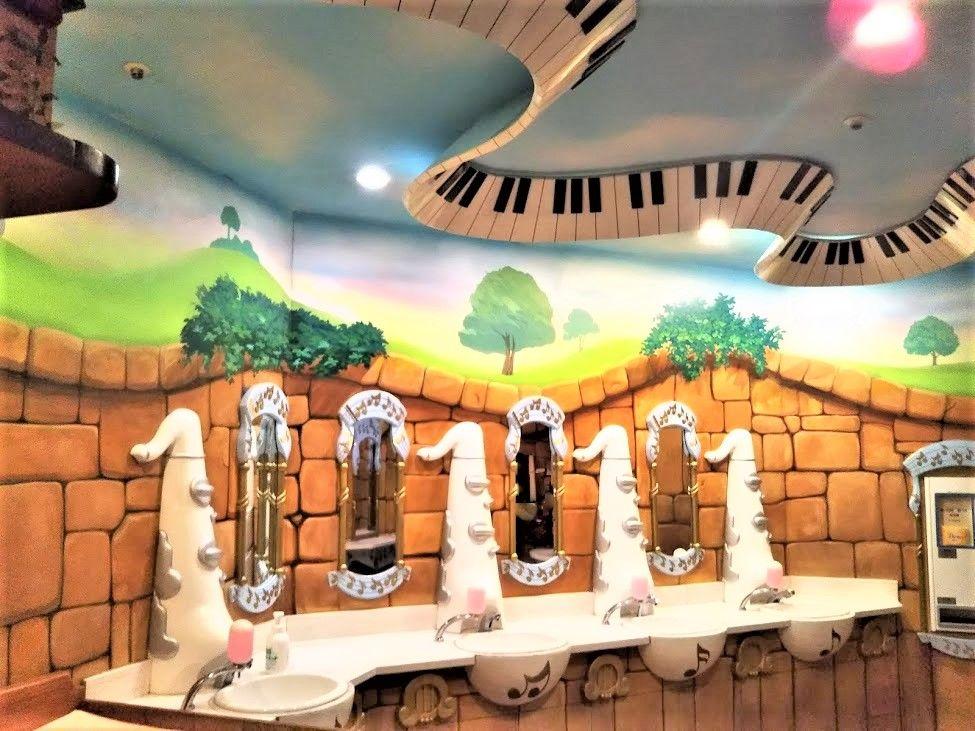 音楽モチーフのトイレ