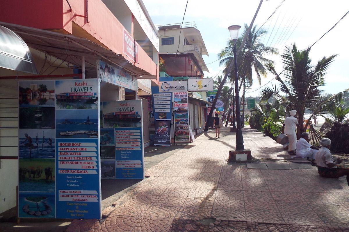 ビーチ沿いで完結する生活環境