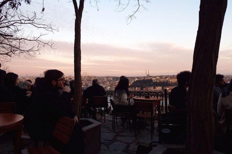 金角湾の絶景カフェ!トルコ「ピエールロティ・カーヴェハネシ」で贅沢なひと時を