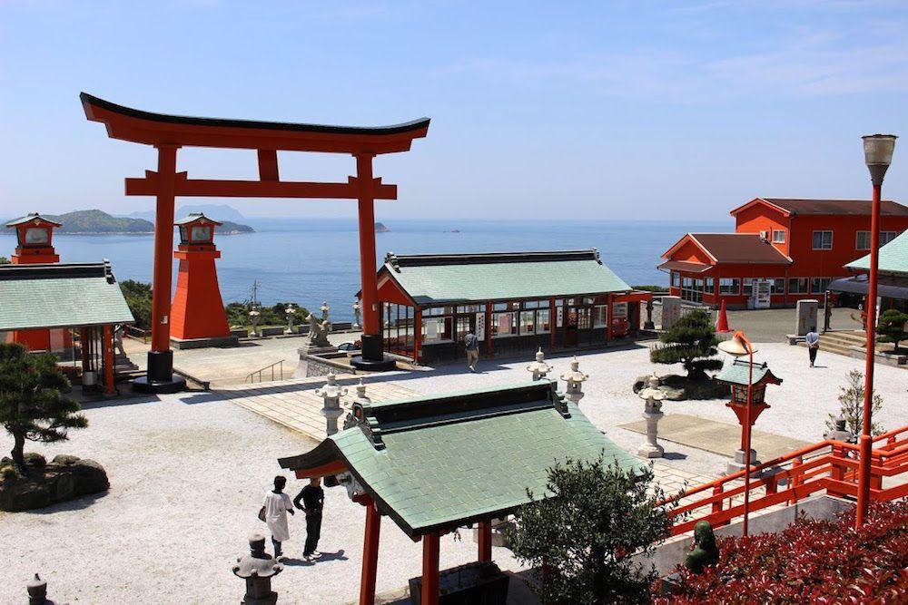 山口県下関市にある絶景神社!「福徳稲荷神社」が風光明媚すぎる
