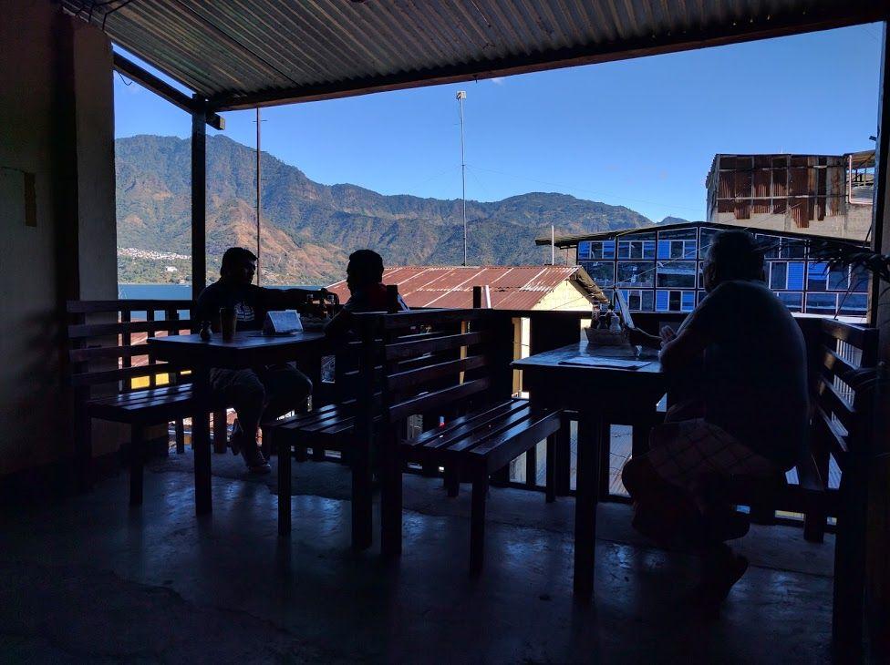 2.「Cafe Atitlan」
