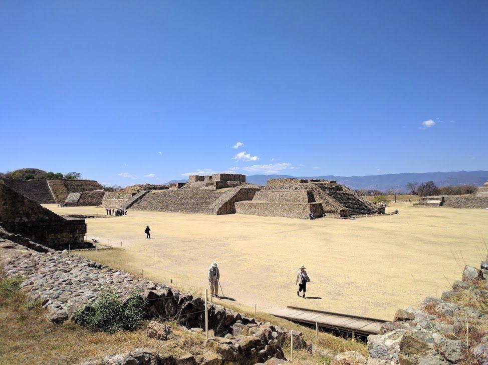 古代の天空都市「モンテ・アルバン遺跡」とは?