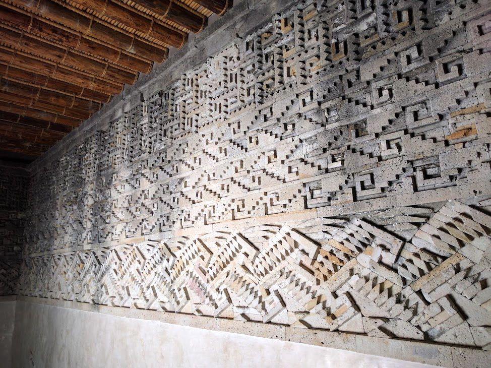古代から宗教儀式の場所だった「ミトラ遺跡」