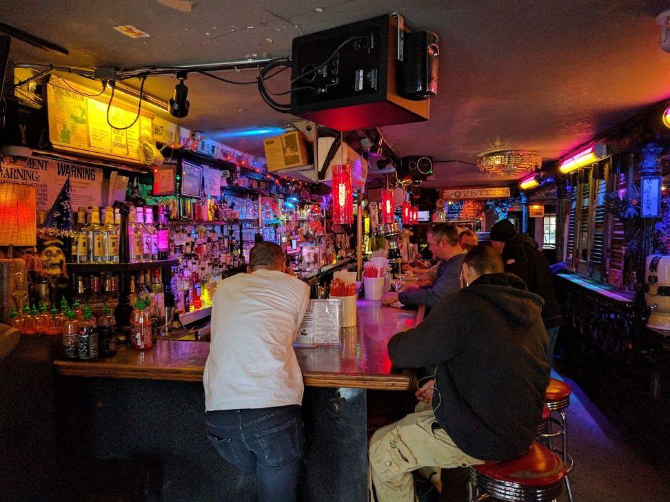 4日目夜:169 Bar