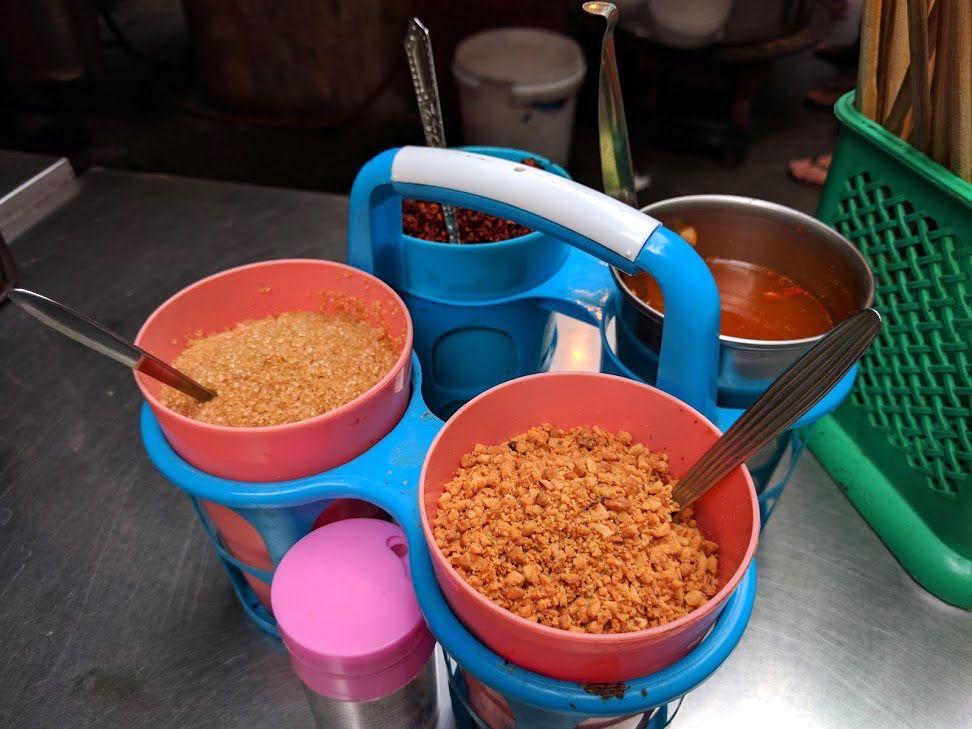 調味料やハーブで自分好みの味に仕上げられる!