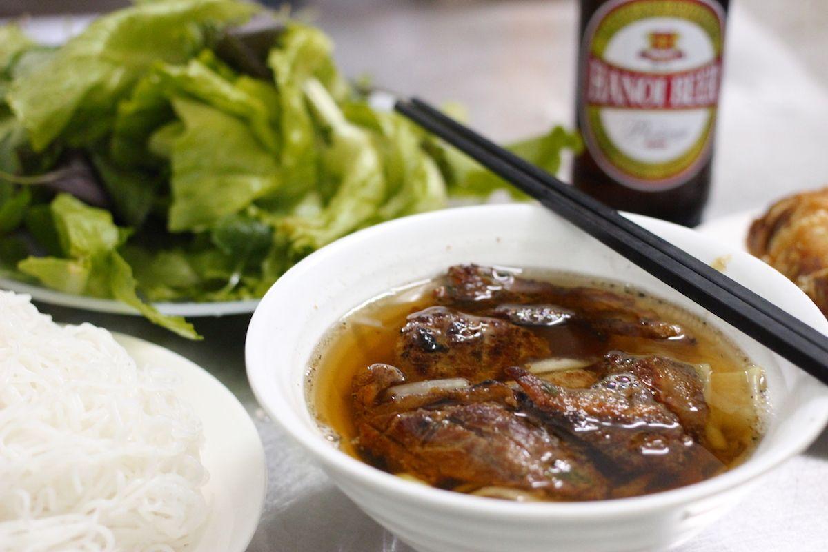 北ベトナムの名物料理「ブンチャー」とは?
