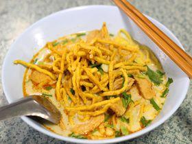 世界中から食べに来る!チェンライの大衆食堂「ポーチャイ」のカオソイが美味しい