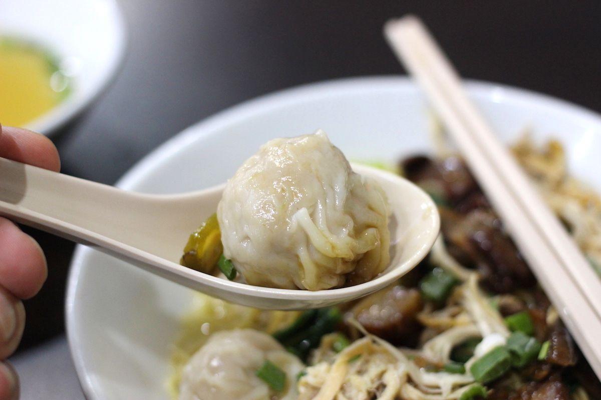 ワンタン入りのまぜ麺「雲呑麺(ワンタンミー)」