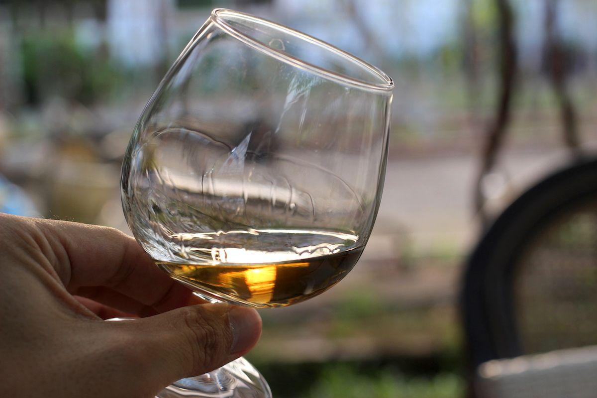 希少なカンボジア産ワインが楽しめる
